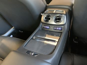 Rolls-Royce Black Badge Wraith V12 image 21 thumbnail